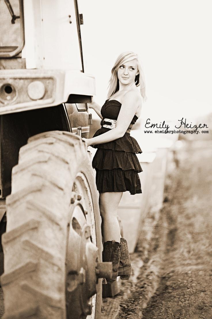 tractor senior portrait by Emily Heizer