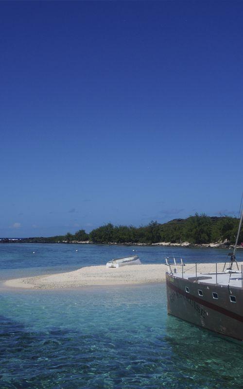 Islote Gabriel, al norte de Isla Mauricio. Consejos y recomendaciones de viaje en www.espressofiorentino.com #mauritius #mauricio #playa #beach #oceano #indico #indian #ocean #blue #sea #paradise #paraíso #espresso #fiorentino