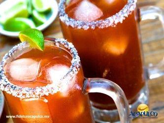 #antrosdemexico Las micheladas del bar Tequisol en Acapulco no tienen igual. ANTROS DE MÉXICO. Si te gusta la cerveza preparada debes visitar el bar Tequisol en Acapulco, pues ahí les ponen diferentes ingredientes y salsas que las hacen aun más ricas y refrescantes. Sin importar que sea para revivir de la fiesta o para comenzarla, este es definitivamente el mejor lugar para estas bebidas. En la página oficial de Fidetur Acapulco, encontrarás más información.