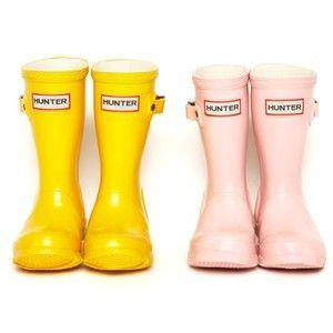 yellow baby hunter rain boots!
