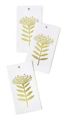 Add an extra special touch to your gifts with the Skinny laMinx gold foil embossed Pincushion Gift Tags.