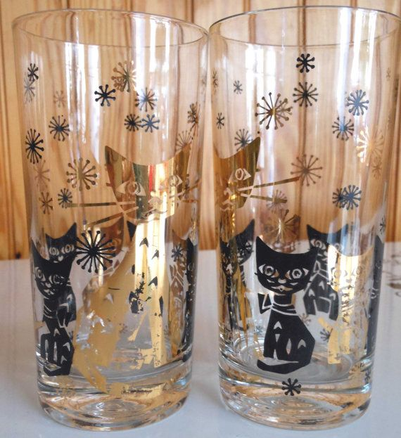 Black and gold cats barware.