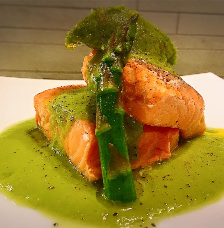 #secondi #main #secondcourse #dish #beef #sauce #salsa #manzo #orata #branzino #anatra #homemadepasta #pastafattaamano #food #foodanddrink #blogger #recipe #recipes #ricette #ricetta #ricettedipesce #ricettedicarne #fingerfood #baccalà #pesce #yum #love #cool #friends #fish #capesante #secondidipesce #secondidicarne #salmone #salmon