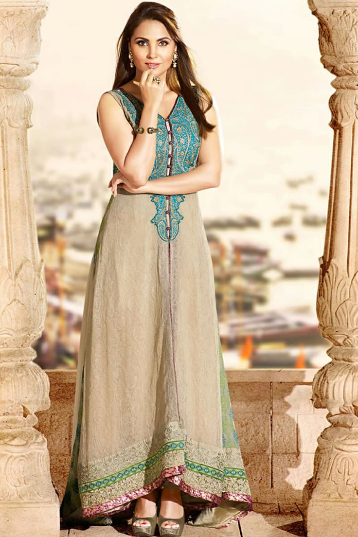 Bollywood Lara Dutta Stylish Salwar Kameez