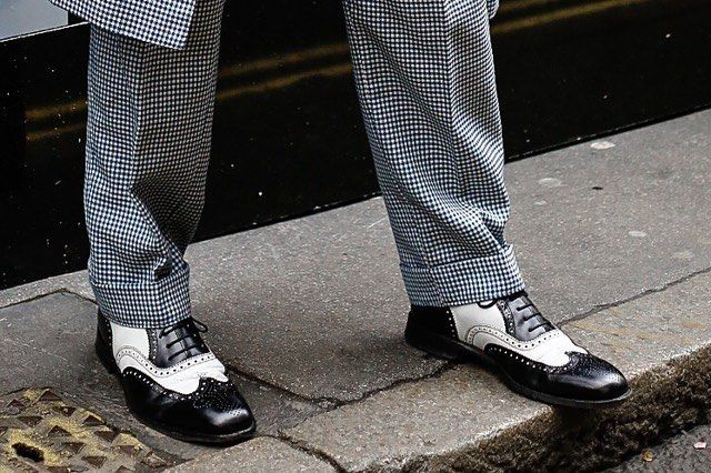 #lfw #instastyle #instafashion #blackandwhite #stylish #shoes ❤️ #instashoes #lifestyle #streetwear #streetstyle #brewerstreetcarpark  (hier: London, United Kingdom)