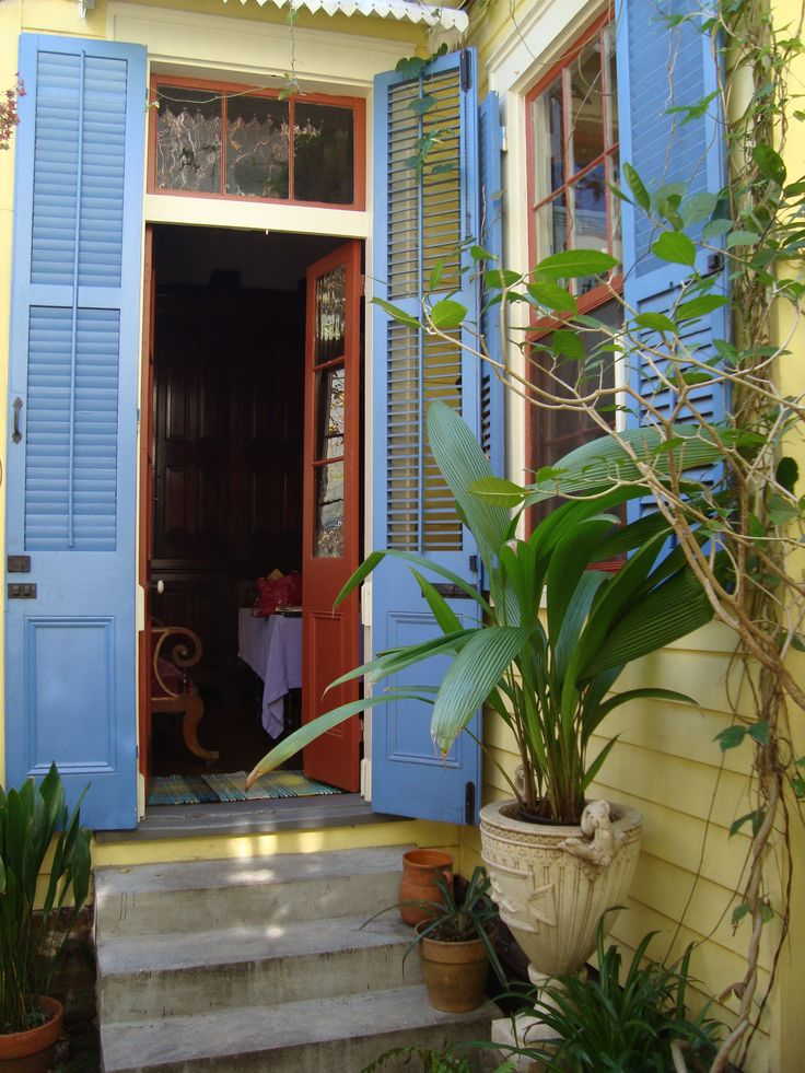 What is there not to love about this courtyard entrance to a NOLA shotgun  house 318 best Creole Cottage images on Pinterest   Creole cottage  . New Orleans Creole Cottage House Plans. Home Design Ideas