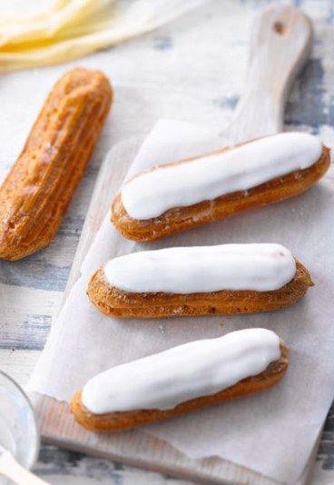 Recettes d'éclairs à la vanille - Choux à la crème- Ingrédients (4 personnes) Pour la pâte à choux - 25 cl d'eau - 20 g de sucre en poudre - 100 g de beurre - 4 œufs - 150 g de farine - 1 oeuf Pour le fourrage - Crème...
