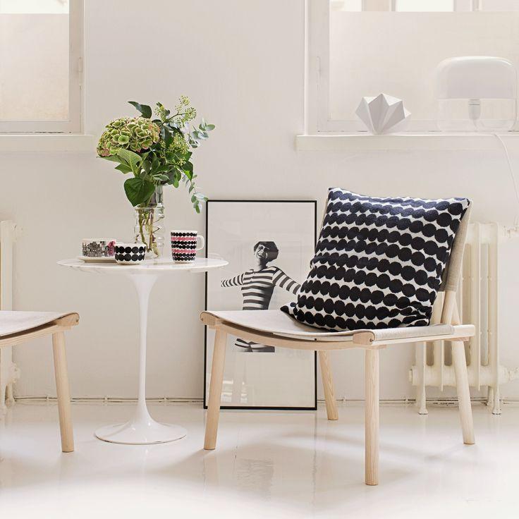 Nikari December XL chair, Knoll Tulip Table, Marimekko Cushion | Available at Skandium, www.skandium.com
