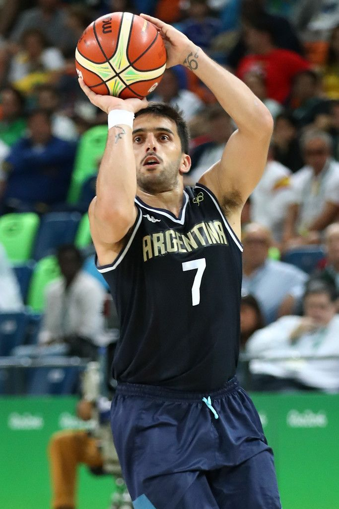 Facundo Campazzo Photos - Facundo Campazzo #7 of Argentina shoots the ball during a Men's Basketball Preliminary Round Group B game between Spain and Argentina on Day 10 of the Rio 2016 Olympic Games at Carioca Arena 1 on August 15, 2016 in Rio de Janeiro, Brazil. - Basketball - Olympics: Day 10