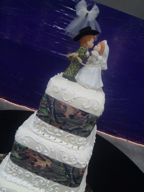 camoflauge wedding cakes 17 best ideas about camo wedding cakes on camo 12333