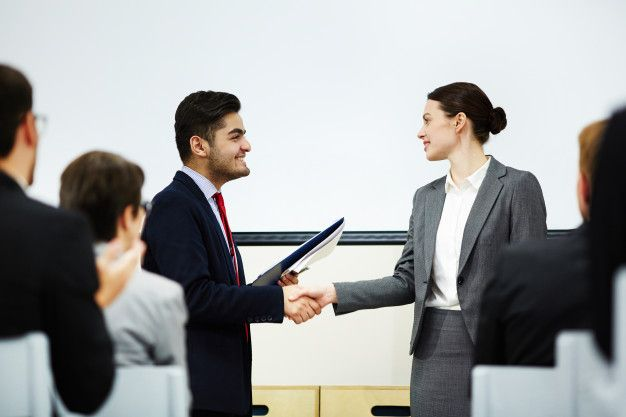 Download Shaking Hand Of Speaker For Free Jobs For Freshers