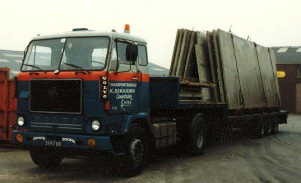 Oude trucks in kleur / 31-97-UB.jpg
