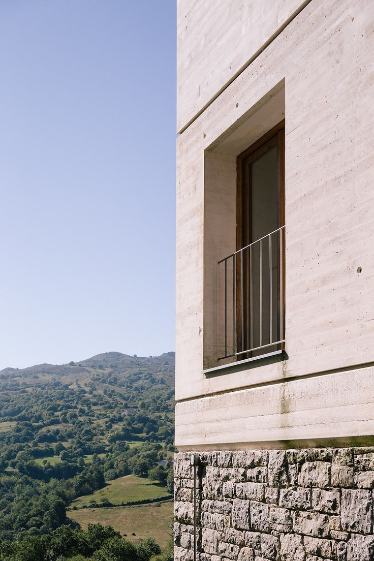 A House And Stable Refurbishment In Spain – iGNANT.de