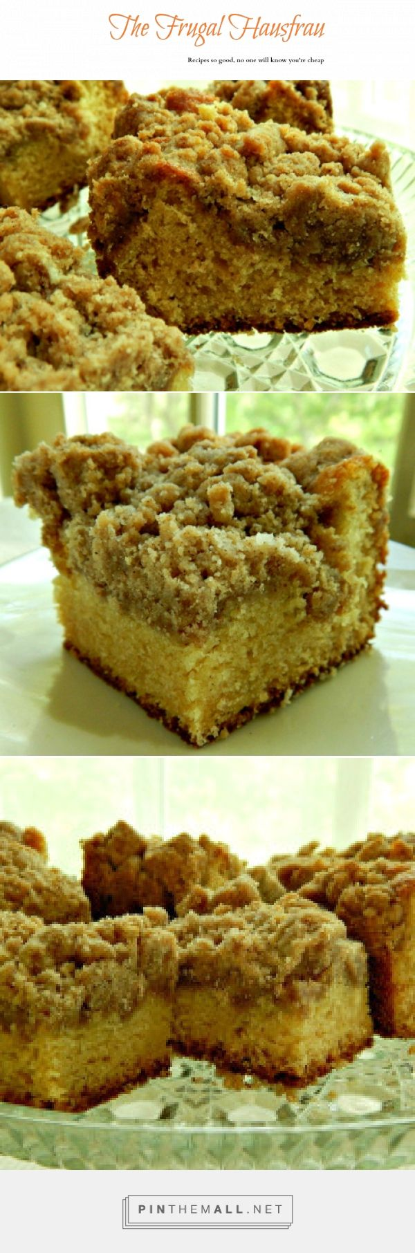 Classic Coffee Cake with Crumb Topping - The BEST coffee cake i EVER made! Seriously! Just look at those pictures!!