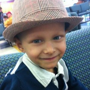Ronan Thompson, he died from cancer at the age of four, and Taylor Swift and his mom wrote him a song, sad but i love the song!!