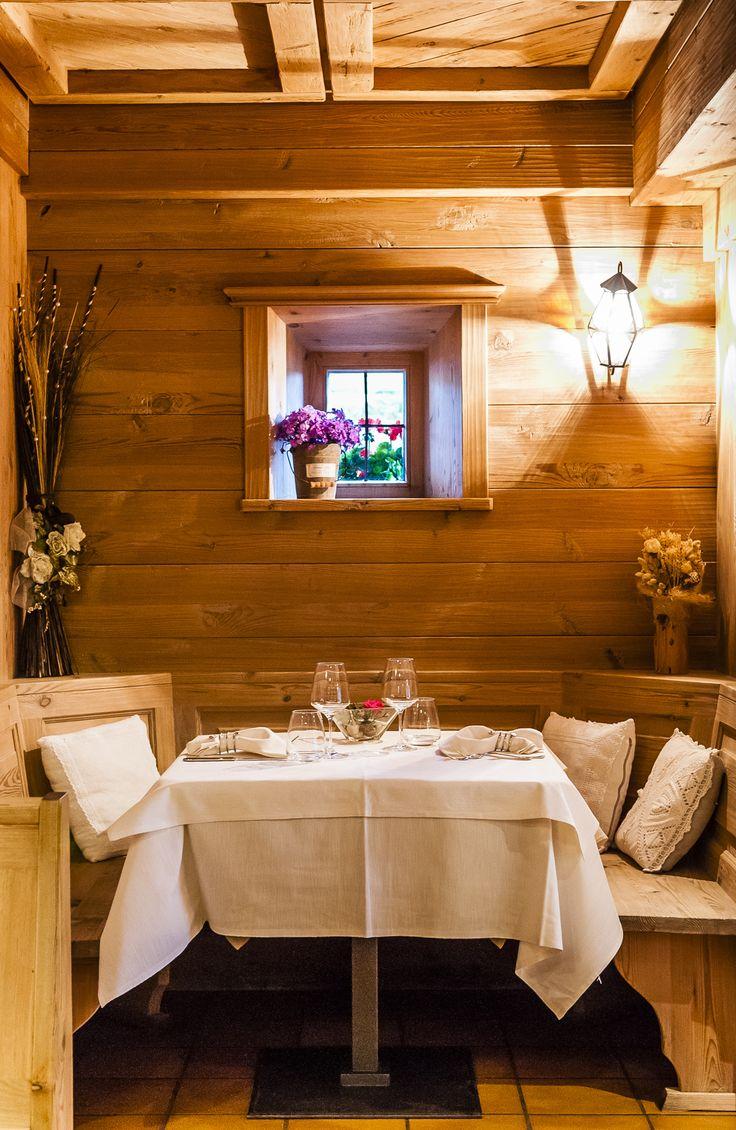 Un angolo del ristorante Da Aurelio. http://www.da-aurelio.it