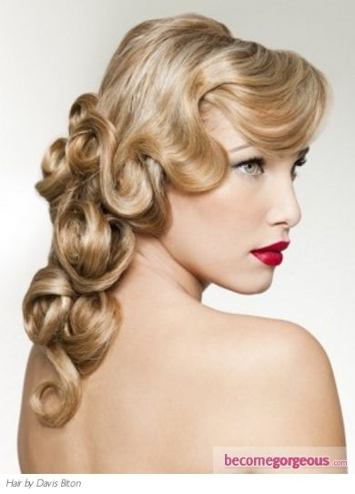 Old Hollywood Curly Hairstyle #Vintage #Hairdo #Hairstyle