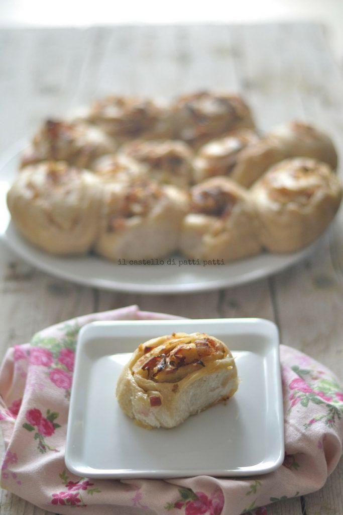 Torta di rose con pancetta e porri con lievito madre | Il castello di PattiPatti