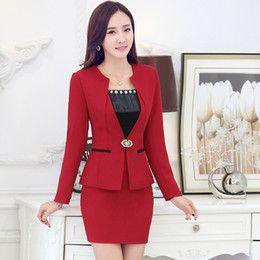 Resultado de imagen para trajes elegantes de mujer