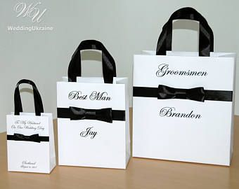 Personalized Groomsmen Gift bags - Wedding Party Gift Bag with Black male satin bow and custom name - Wedding favors for guests
