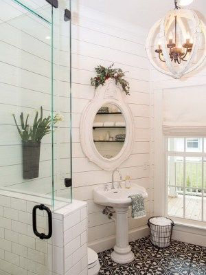 shabby chic is a synonym of femininity shabby chic style gets more popularity in the
