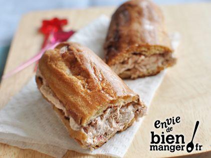 Eclair fourré au thon. Pour la pâte, voir ULTIMATE : Pâte à choux de Christophe Adam  (baking tips)