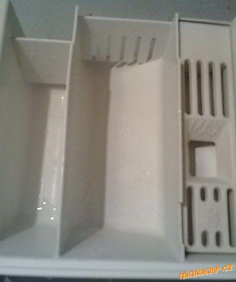 Jednoduché vyčištění zásobníku na prášek a aviváž