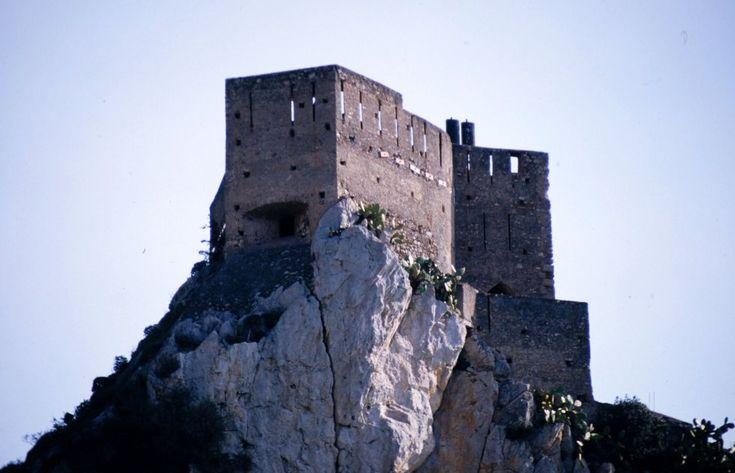 #castle #castelli #sicily  #sicilia #italia #italy #etnaportal #turismo #tourism #turismoinsicilia #tourismofsicily #santalessiosiculo