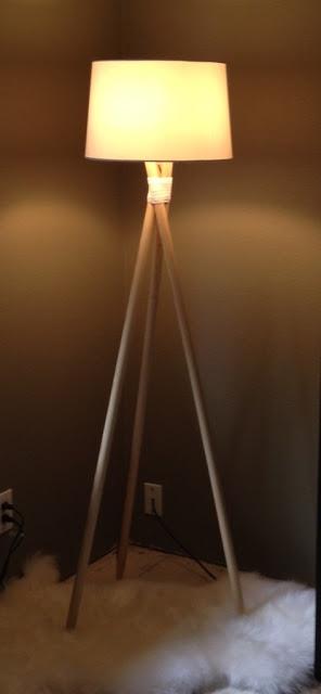 Elise Pod: DIY Tripod Floor Lamp. This is why i love pinterest!