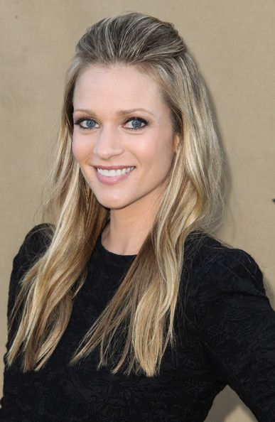 A.J. Cook - Stars Attend the CW, CBS and Showtime 2013 Summer TCA Party