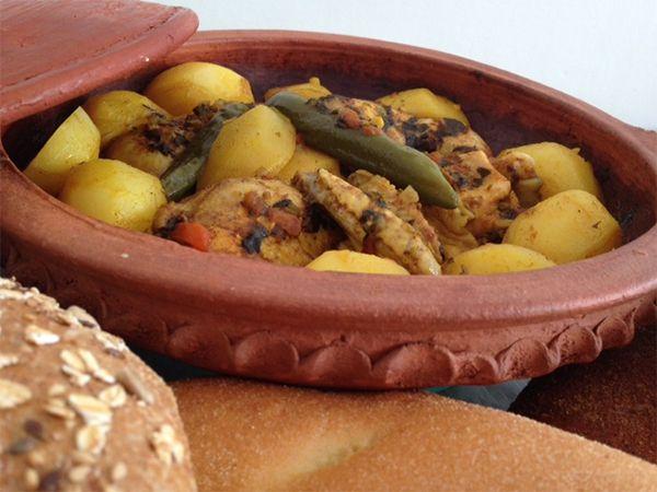 Tajine met kip en aardappels