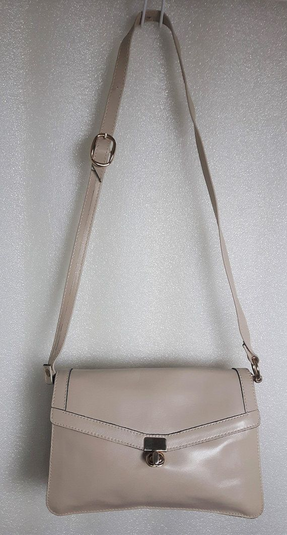 Vintage MIMO Sacs Ltd Toronto Canada genuine Cowhide Leather Velvet Lining taupe bone off white Ivory cream tan Turnlock Structured purse