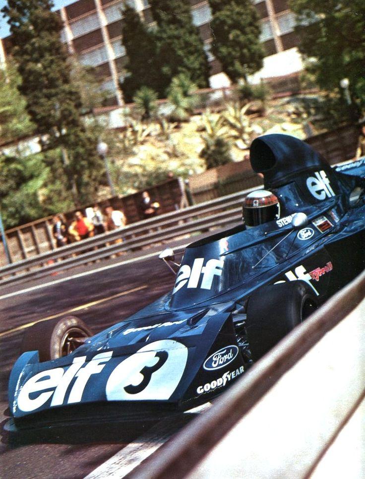 Jackie Stewart (Tyrrell) - saison 1973 - L'Automobile, décembre 1973