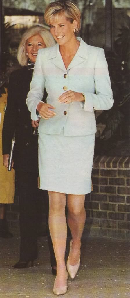 "Princess Diana. Princess of Wales. Lady Diana. Diana Frances Spencer. 5'10"". #Diana #Lady_Diana #Princess_Diana"
