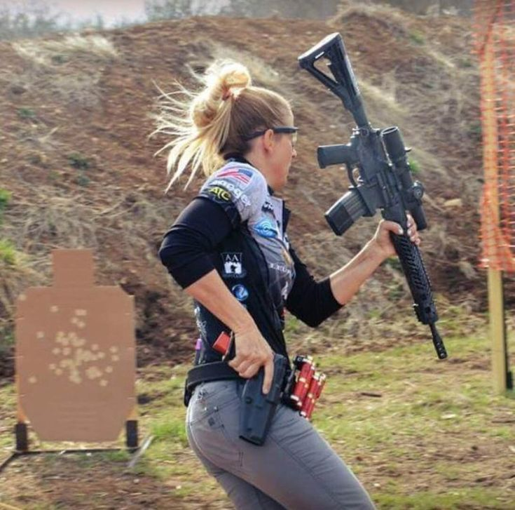 90 Miles From Tyranny : Girls With Guns | women