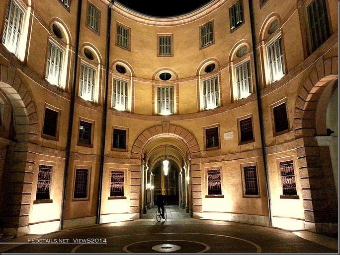 Rotonda Foschini, Teatro Comunale, Ferrara - Property and Copyrights of (c) FEdetails.net 2014