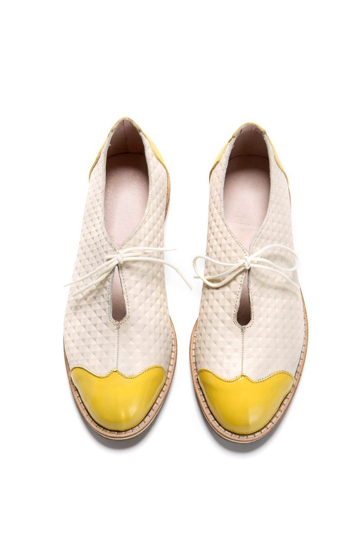 Oxford shoes. White & Yellow Shoes. Oxford style, flat, leather shoe. round front, yellow leather in front and back.