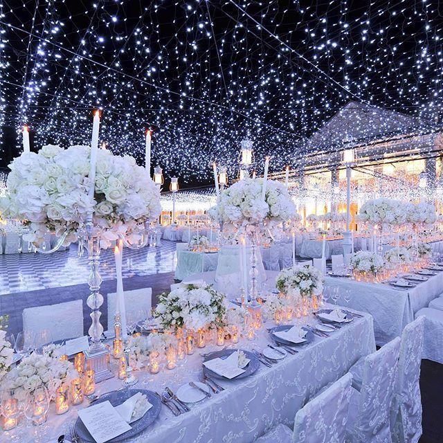 Pin By Huwelijksdecoraties Op Een B On Best Wedding Reception Wedding Decorations Winter Wedding Decorations Winter Wonderland Wedding Theme