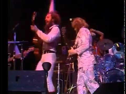 Jethro Tull performing Aqualung, Madison Square Garden Live 1978