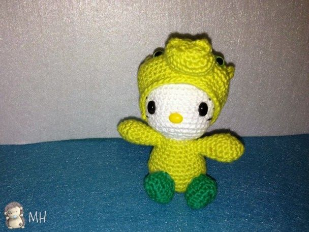MADRES HIPERACTIVAS: Hello Kitty Dragon Amigurumi ...