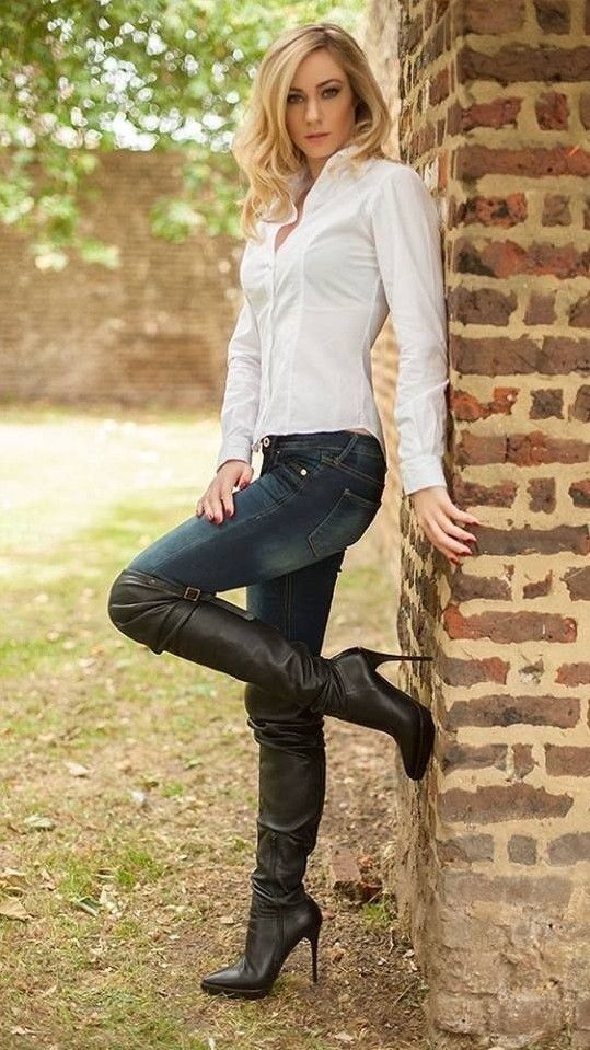 best 25 high heeled boots ideas on pinterest black. Black Bedroom Furniture Sets. Home Design Ideas