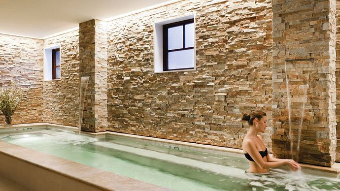 Vail Mountain Resort - Private Residences with Mountain Touches