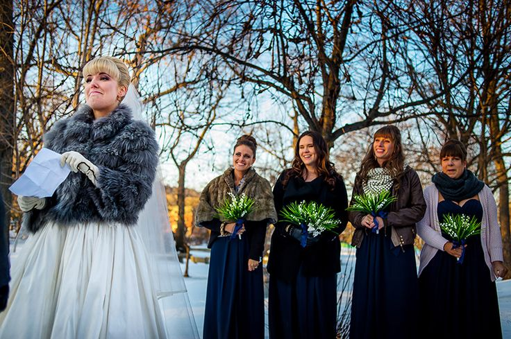 outside winter wedding - how gorgeous!