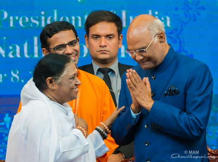 """""""I seek Amma's blessings to utilize my maximum potential for serving the nation. I also seek Amma's blessings to make this country the most powerful nation of the world in all respects."""" – #RamNathKovind, The President of India #Amritavarsham64"""