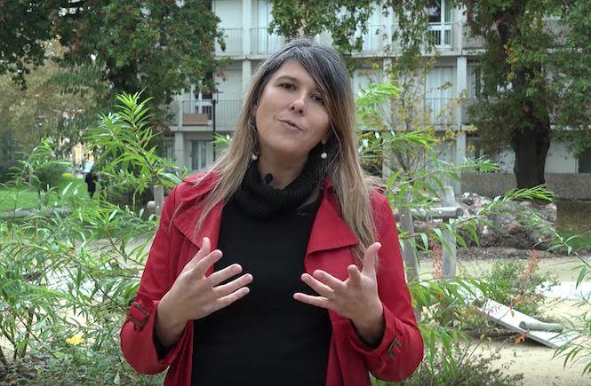 03.01.07 - ZINFOS 974  Vainqueure de la primaire citoyenne, Charlotte Marchandise candidate à la présidentielle