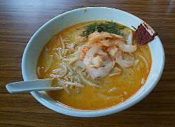 加東力沙 - MARINE PARADE LAKSA  エビのダシが利いたミルキースープ!スプーンで食べる名物ラクサ!