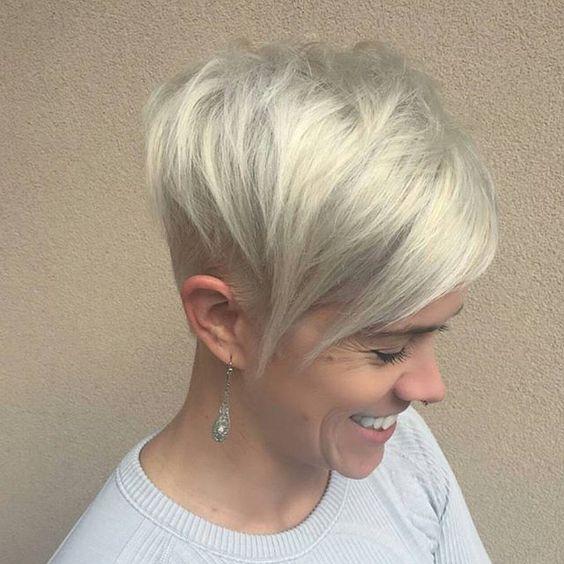 Blondes do it better! Like & Share, wenn Du diese Frisuren auch so cool findest! – Damen Frisuren