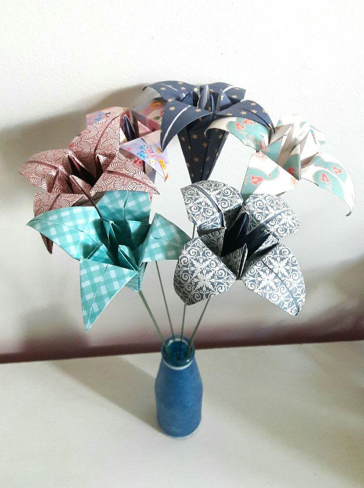 Bouquet Fête des Mères : 6 lys en origami papier japonais : Accessoires de maison par papiersetcartons