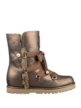"""""""I discovered that w omen used to wear them to perform their toilette,"""" he said backstage after the josefinalauterbachyuw02b.gar uggs lord and taylor chestnut waterproof uggs Christopher Bailey's Burberry boots, spring '17 as it goes — the collection was see-now, buy-now and available in store as you rea d this — looked like regular sock boots until you saw them from the side."""
