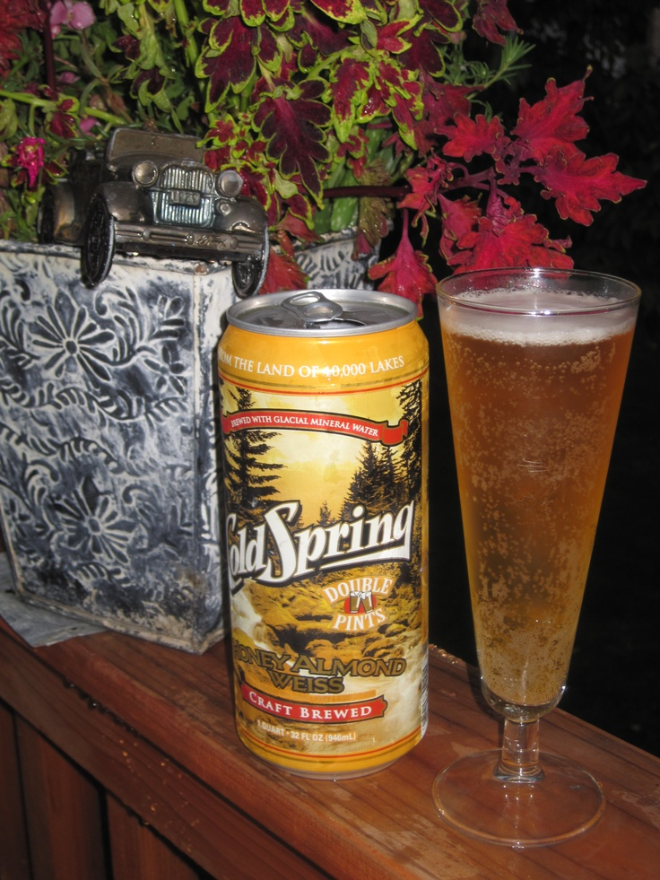 Cold Spring Honey Almond Weiss beer from Minnesota, USA.  photo by nancy bortz